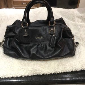 Coach black purse with lining